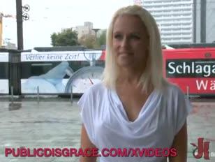 Sophie berlini utcákban haragzik