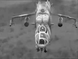 A megolvadt orosz repülőgép szuper forró szökőkutakat fúj a gyanús marionettekre