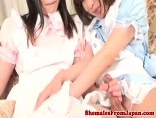 Juicy amalol japán tgril a tgirl sessionen