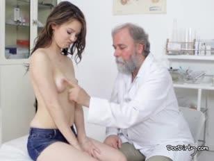 A lenyűgöző gejza a legmagasabb orvoshoz érkezett