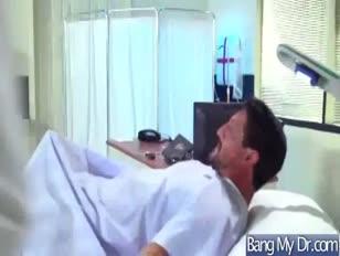 Meleg összekapcsolódás kalandokkal a gyógyászattal és a betegek videójával 09